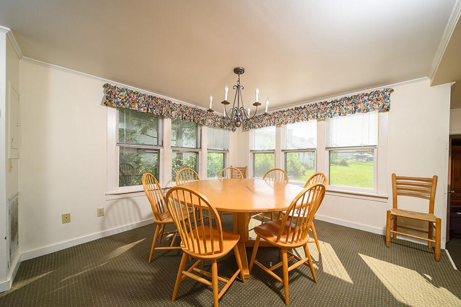 Ski House Kitchen Room